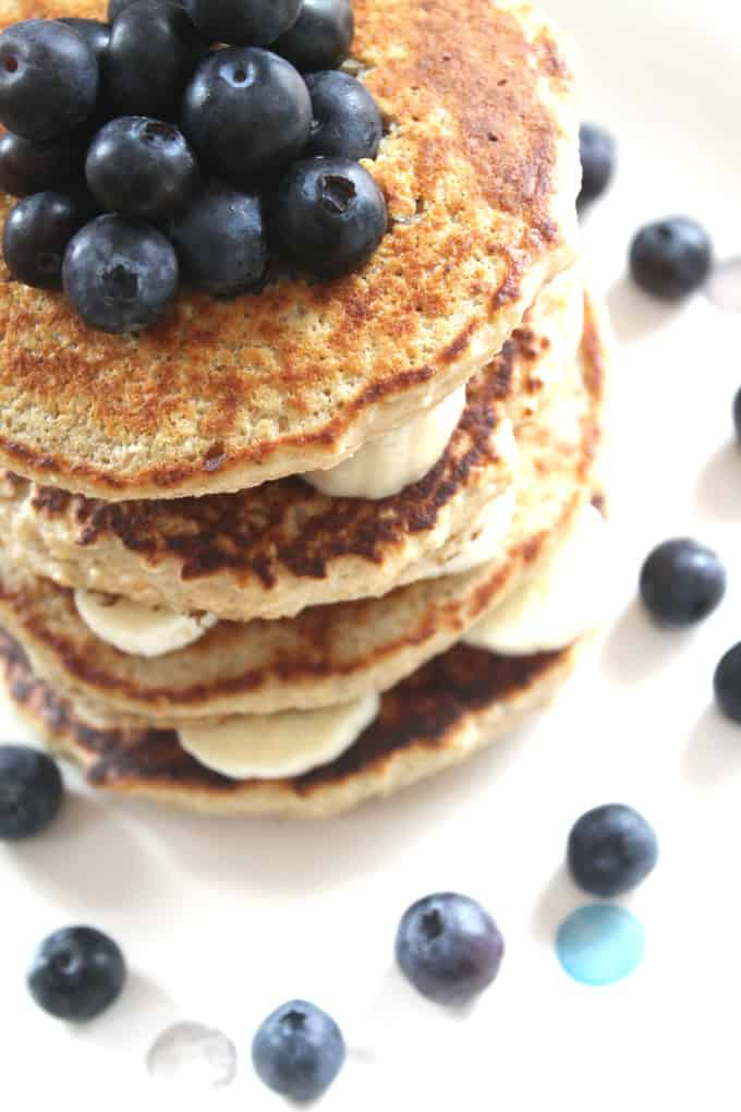 oat pancakes with banana