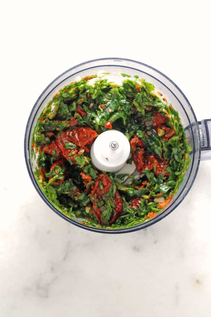 Sundried Tomato and Spinach Pesto