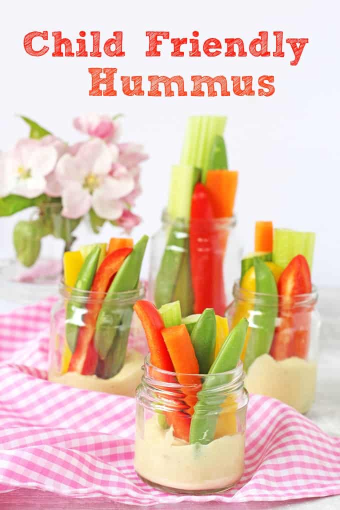 A child friendly hummus recipe served with crudites. Perfect as a snack or for a picnic | My Fussy Eater Blog