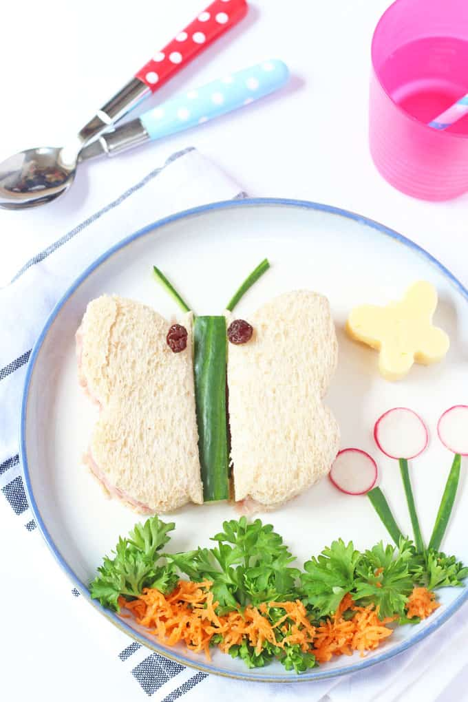 A cute and easy toddler lunch idea; butterfly sandwiches! | My Fussy Eater blog
