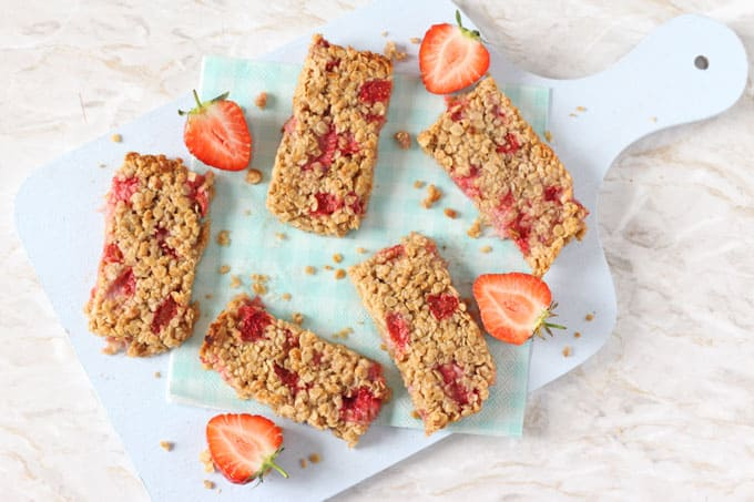 Strawberry Oat Bars - My Fussy Eater