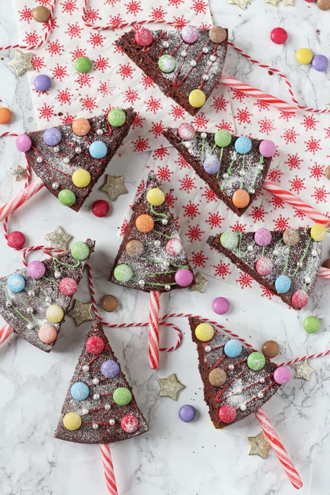 Christmas Tree Chocolate Cake Pops My Fussy Eater Easy Kids Recipes
