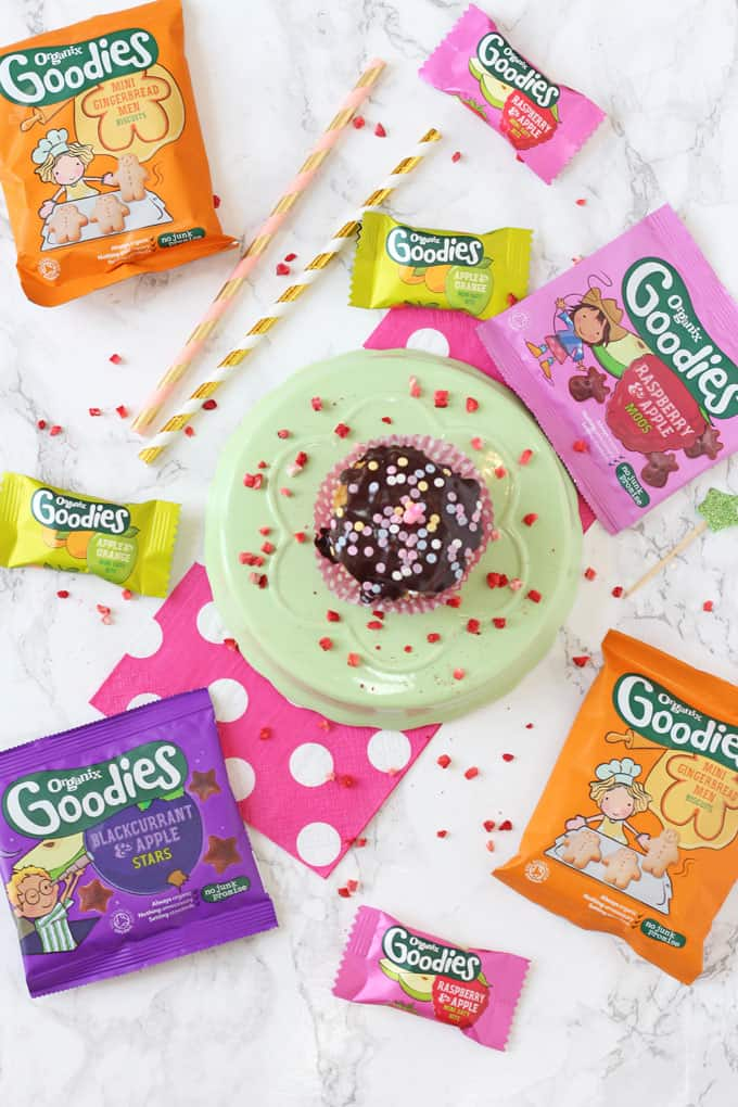 Tips for creating healthier birthday parties for kids! My Fussy Eater blog