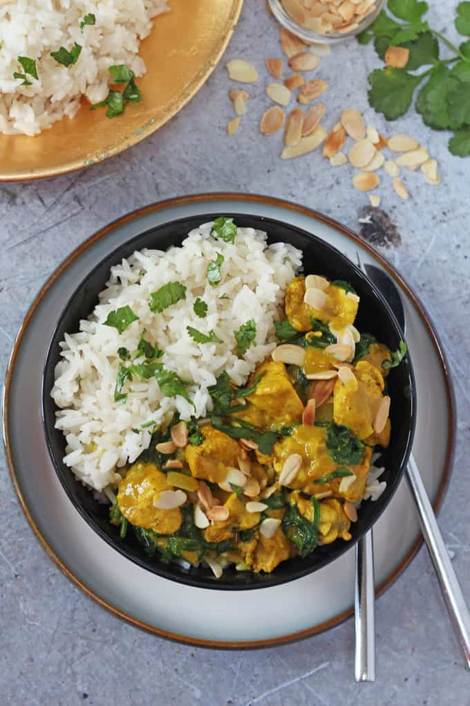 A delicious family-friendly chicken curry recipe packed with spinach and made with Flora Freedom Coconut & Almond.