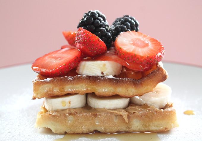 Peanut Butter & Banana Waffles_001