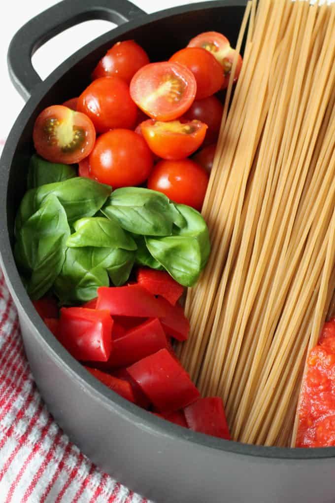 one pot pasta sausage tomato