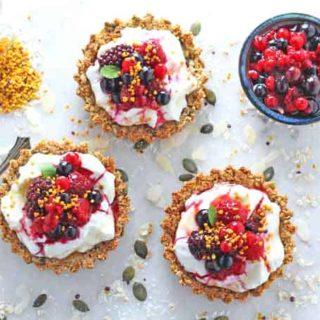 Granola Crust Breakfast Tarts with Yogurt & Berries