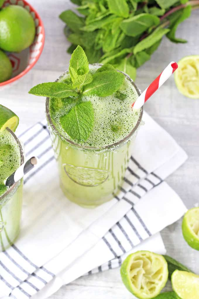 2 minute blender Mojito cocktail