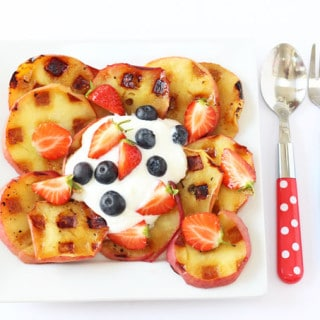 Apples cooked on a waffle iron make a delicious and healthy snack for kids! | My Fussy Eater blog