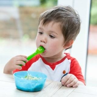 Top Tips for Fussy Eating with Organix | 3 Minute Spinach Pasta Sauce