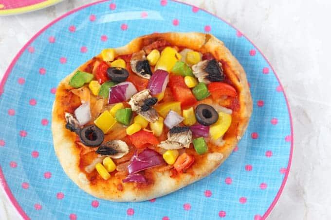 Kids Make Own Pizza