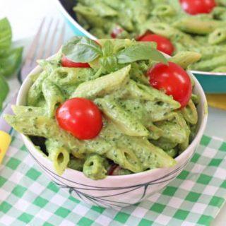 Creamy Avocado & Spinach Pasta