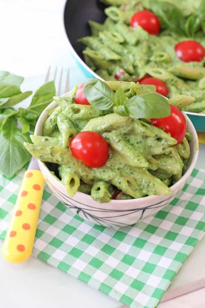 avocado & spinach pasta