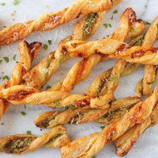 Pesto Parmesan Pastry Straws