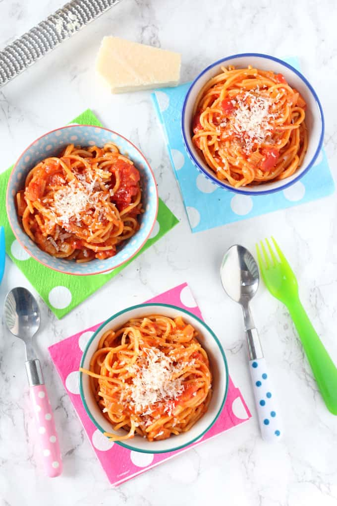 simple spaghetti & tomato sauce
