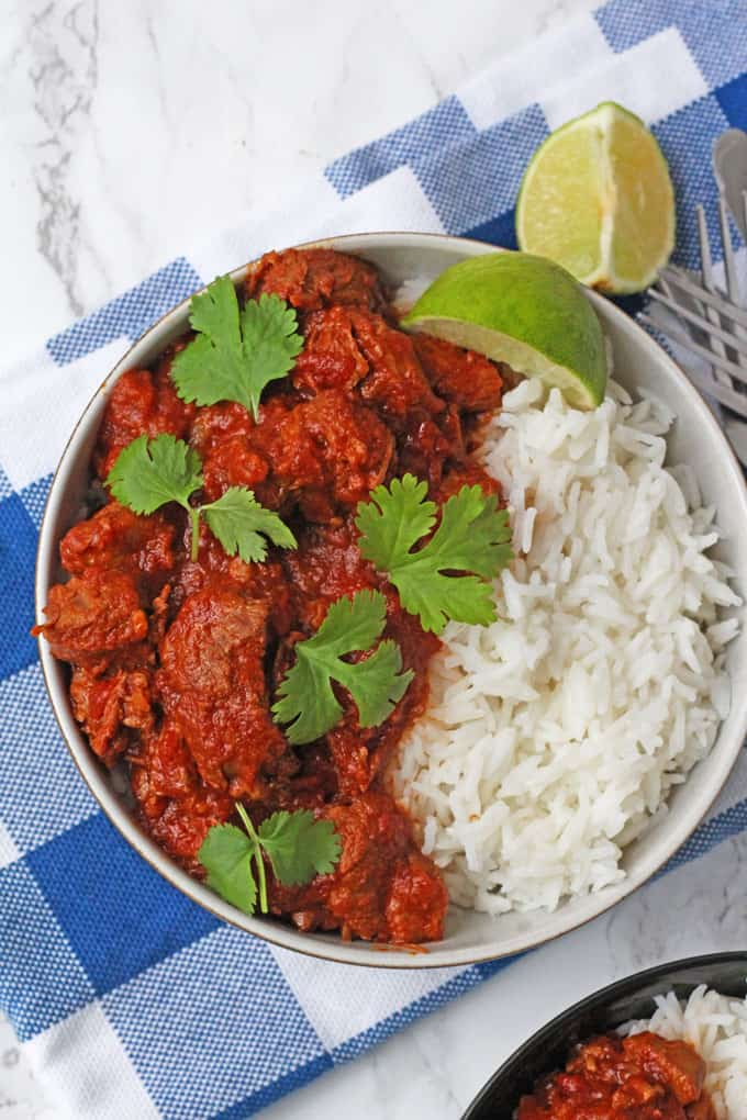 A really easy Lamb Curry recipe made with lamb shoulder and slow cooked to make it deliciously tender.