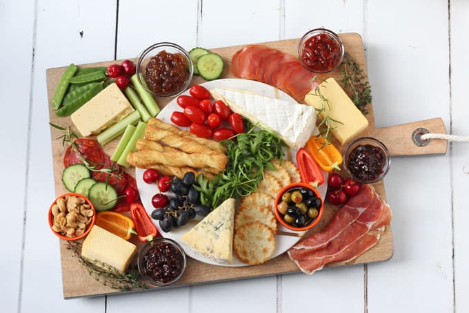 Christmas Cheese Board.How To Create The Ultimate Cheeseboard This Christmas