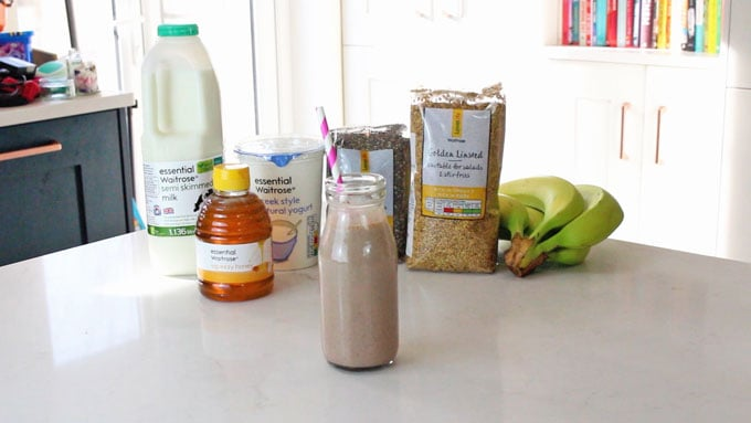 Chocolate Chia Smoothie Ingredients
