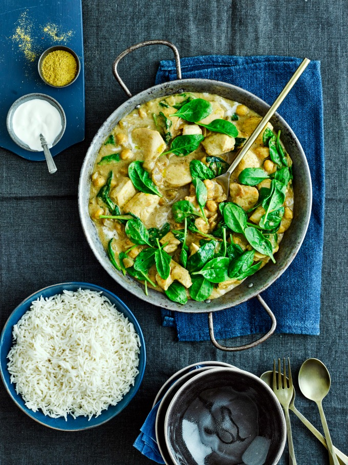 Coconut Chicken Curry with spinach and boiled rice
