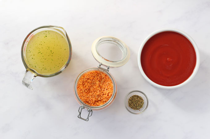 Ingredients for red lentil sauce