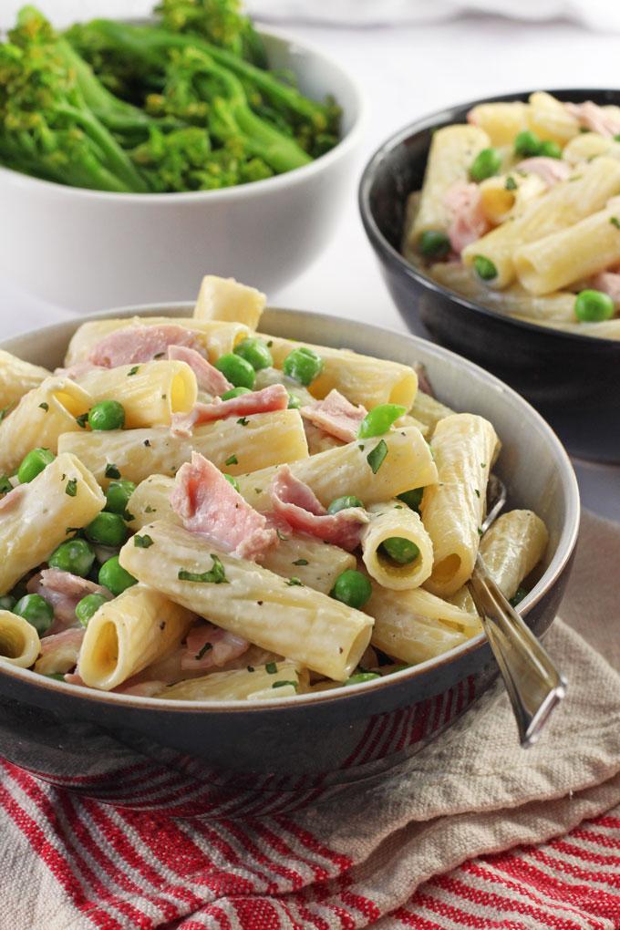 Creamy Ham & Pea Pasta recipe