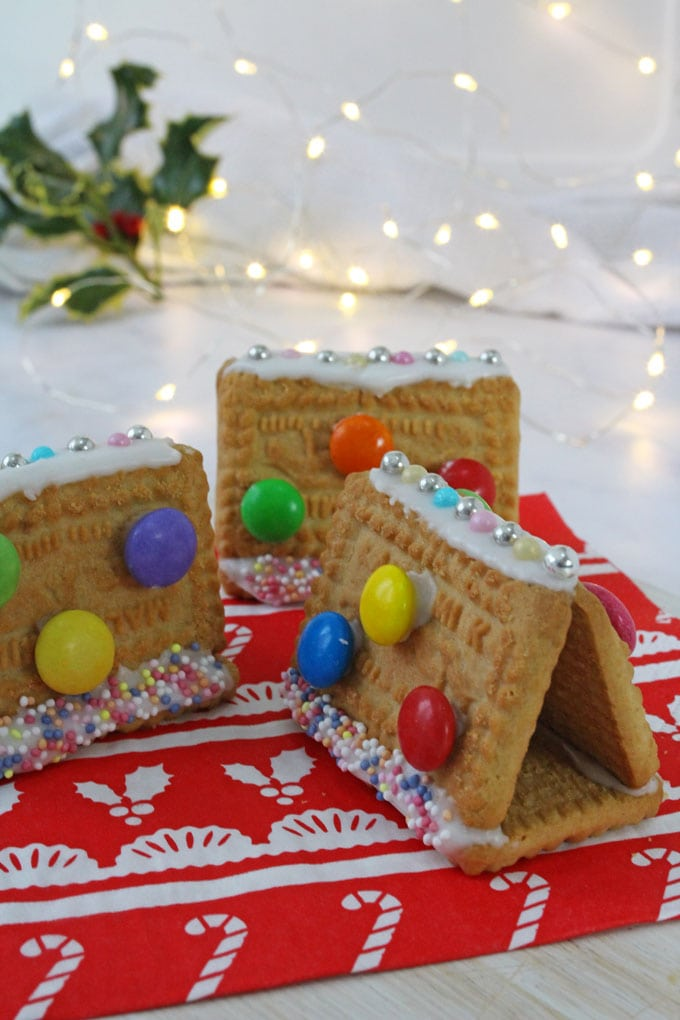 Cookie Gingerbread Houses for Kids