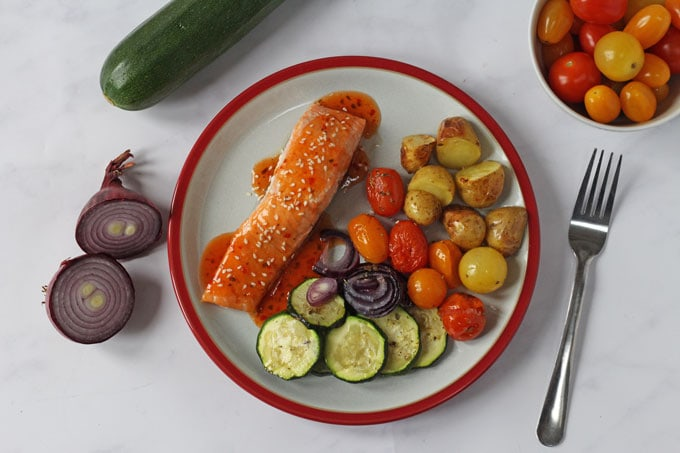 Salmon and Vegetable Traybake