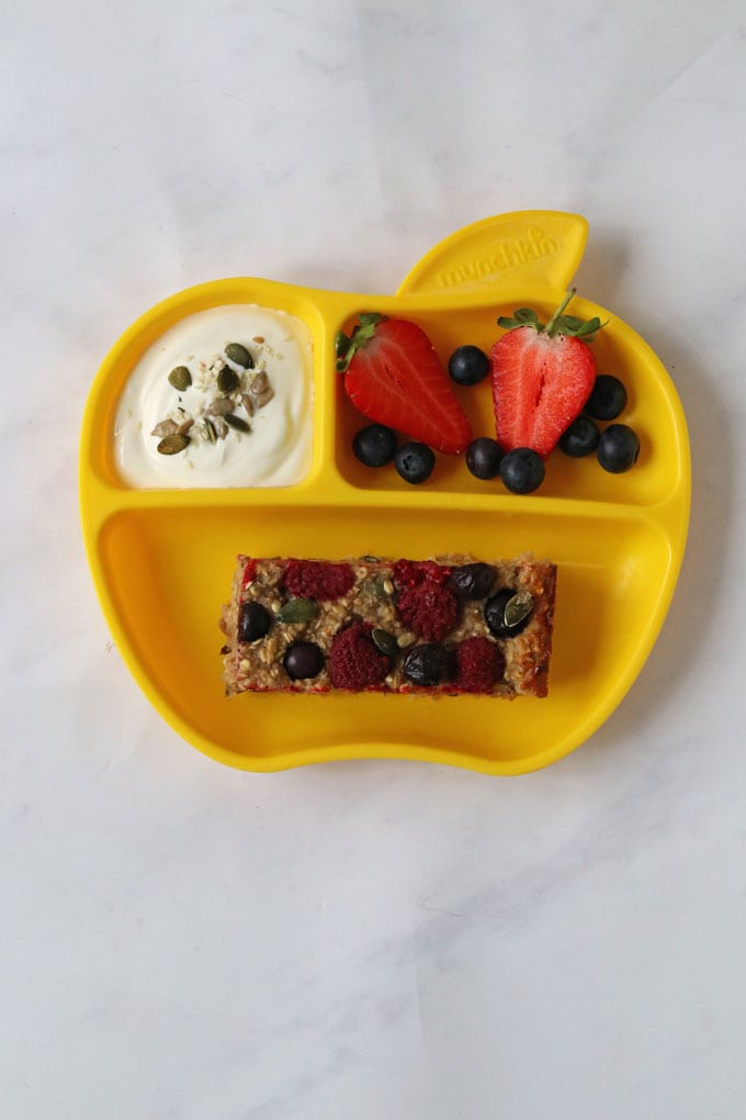 Oat & Fruit Breakfast Bar