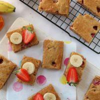 Strawberry & Banana Cake Bars
