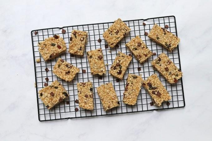 Nut Free Granola Bars - My Fussy Eater | Easy Kids Recipes