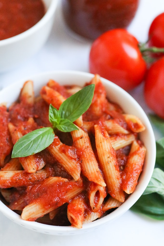 Slow Cooked Tomato Pasta Sauce with basil