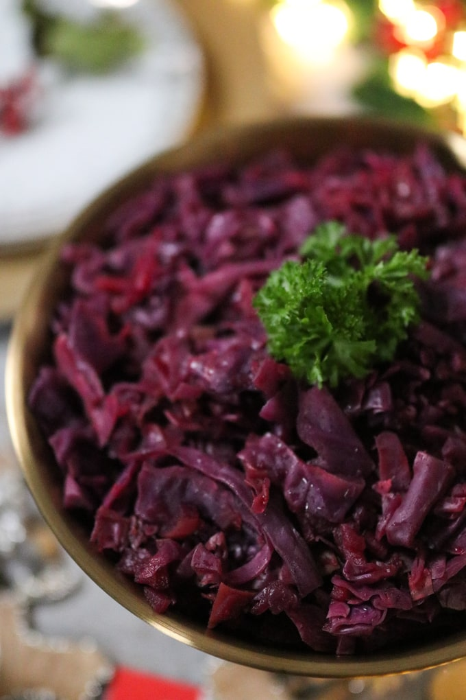 slow cooked red cabbage