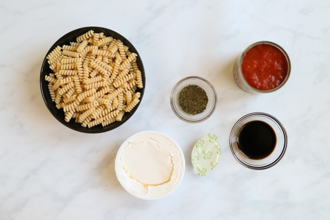Tomato & Mascarpone Pasta Sauce Ingredients
